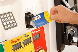 swipe your fuel rewards card or enter your alt id and save at least 5gal every time you fill up with gold status at shell - Shell Gas Rewards Card